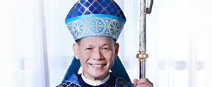 Archbishop Advincula receives 'pallium' from Pope